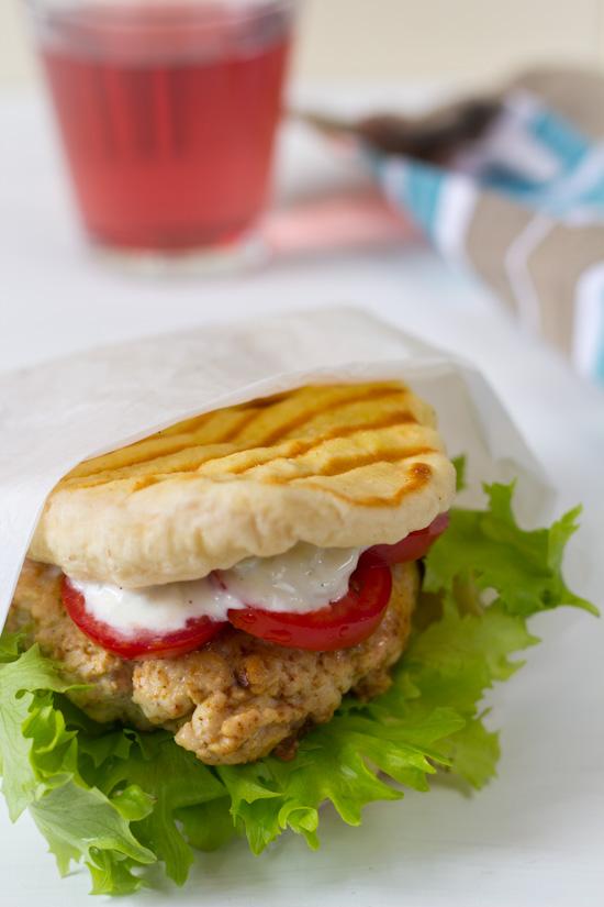 Recept naan burger kip en oregano