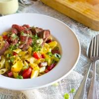 Chorizo paprika biefstuk pastasalade