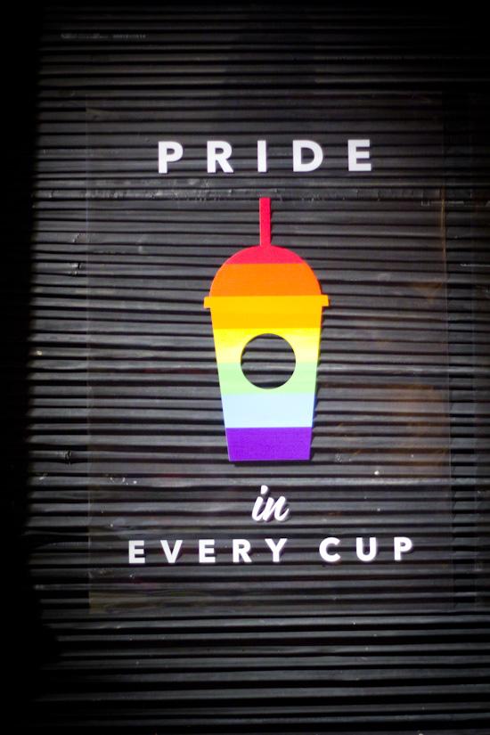 Starbucks Pride (1 van 1)