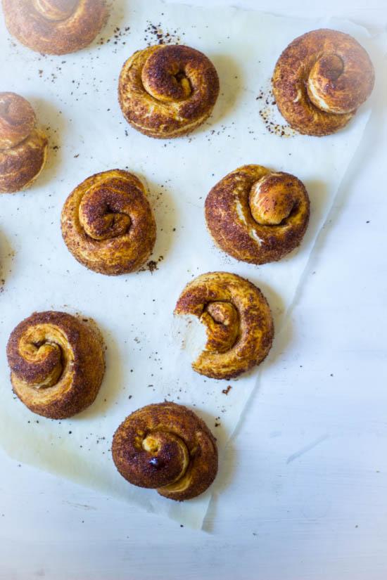 Kaneel broodjes Zeeuwse bolussen zelf bakken recept