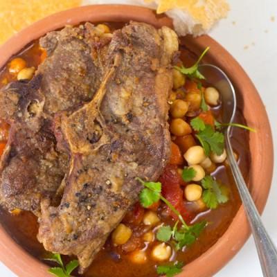 Recept lamskoteletten met kikkererwten stoof