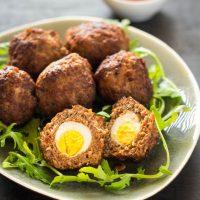Recept mini Scottish eggs gehakt gevuld met kwartelei